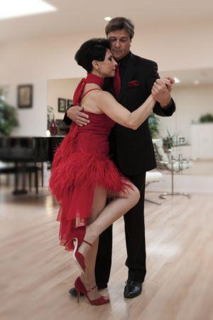tango_portrait9sp.jpg